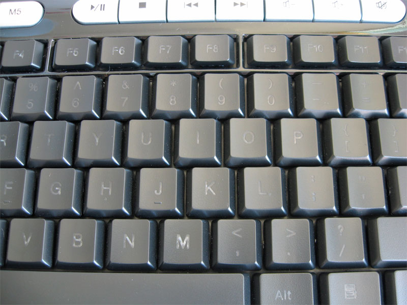 big_keyboard-closeup-lights-off.jpg