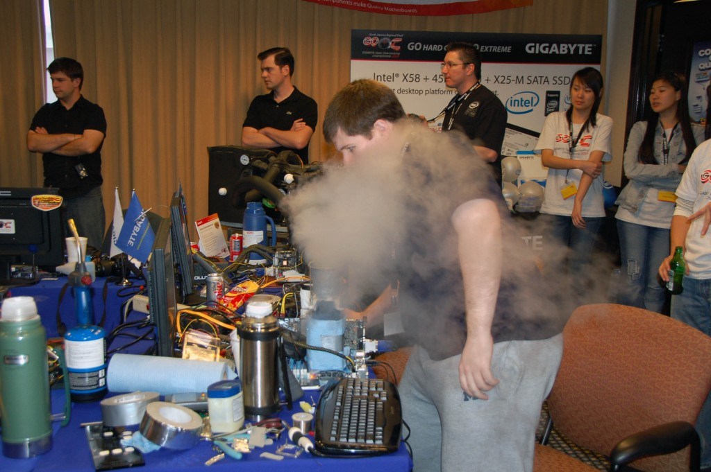 Gigabyte Open Overclocking Competition 2009
