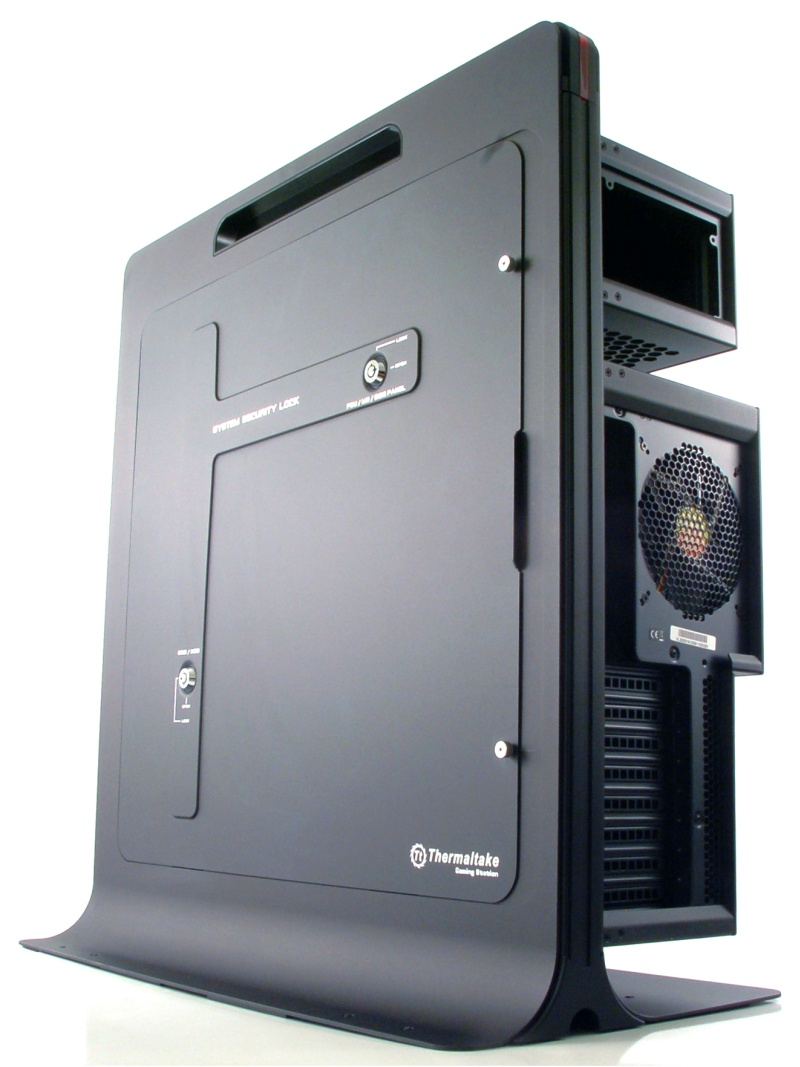 Thermaltake Level 10 Gaming Station Review