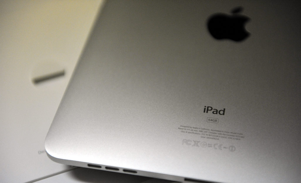 Apple iPad Review: The Tablet Revolution Begins