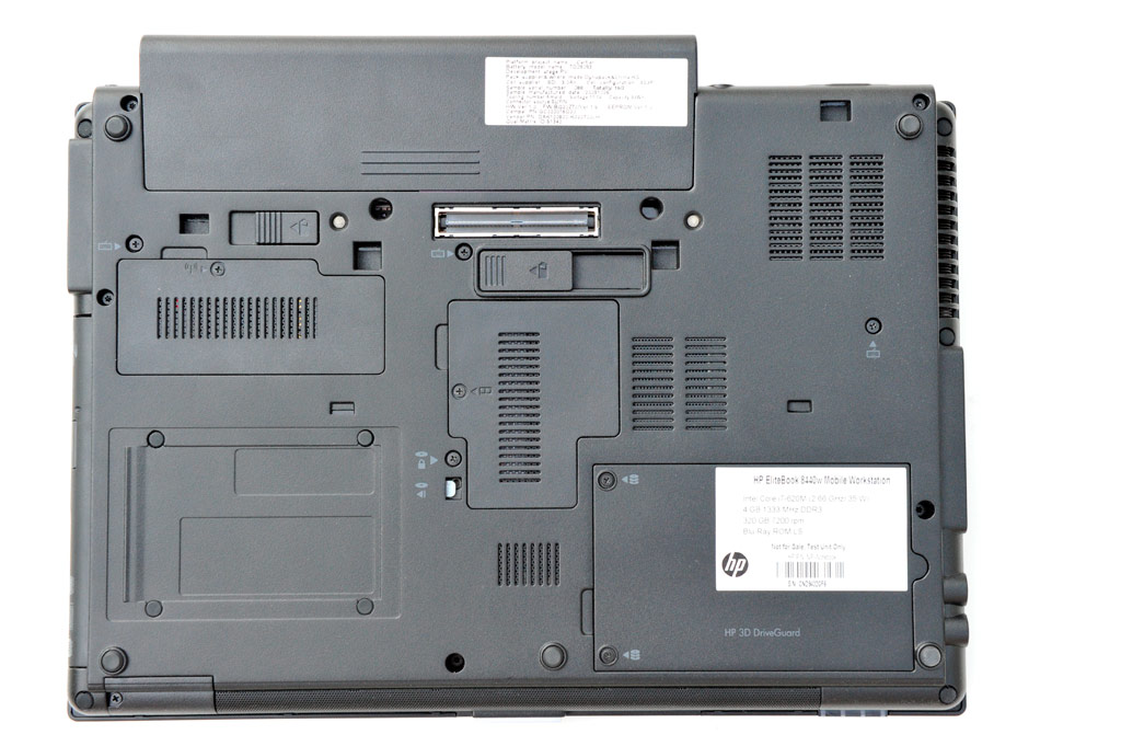 big_hp-elitebook-8440w_5157.jpg