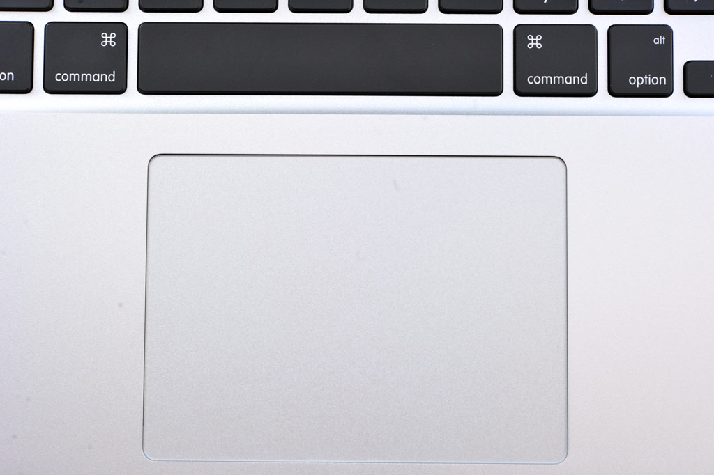 big_mba-trackpad.jpg