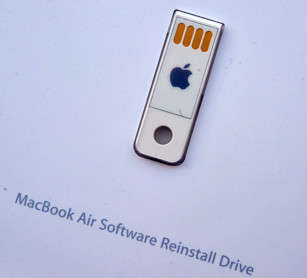 big_mba-usb-key2.jpg
