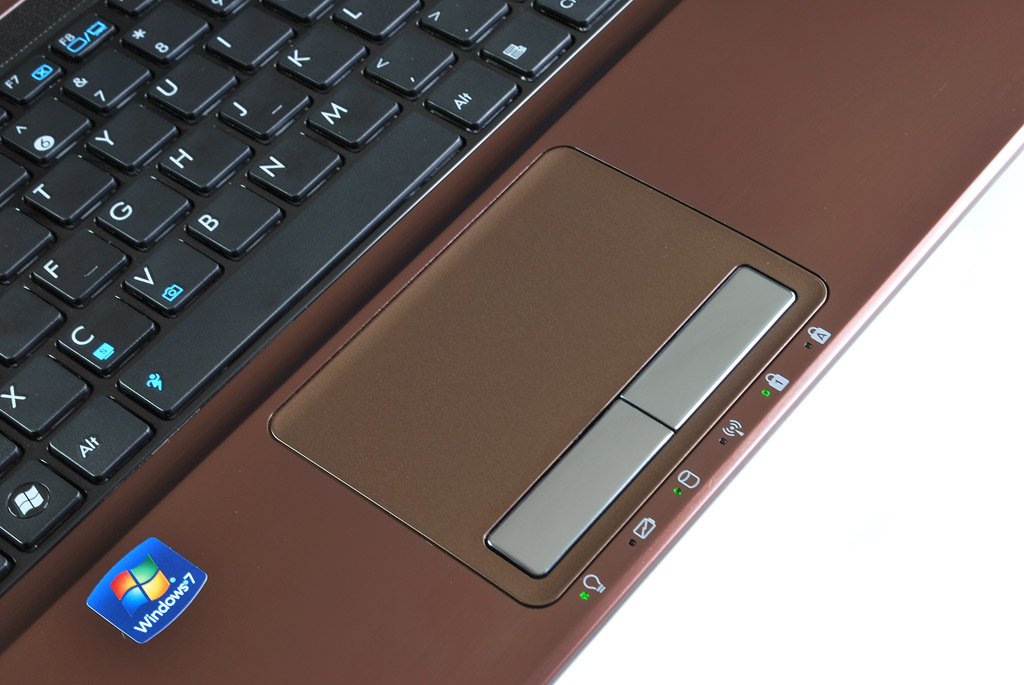 big_k53e-trackpad.jpg