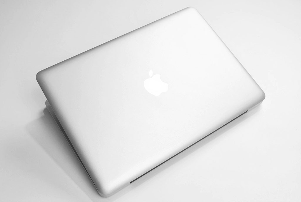 big_macbook-pro-13-top.jpg