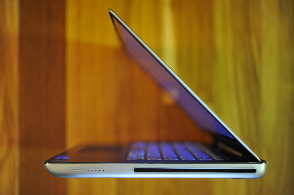 Dell XPS 14z Notebook Review