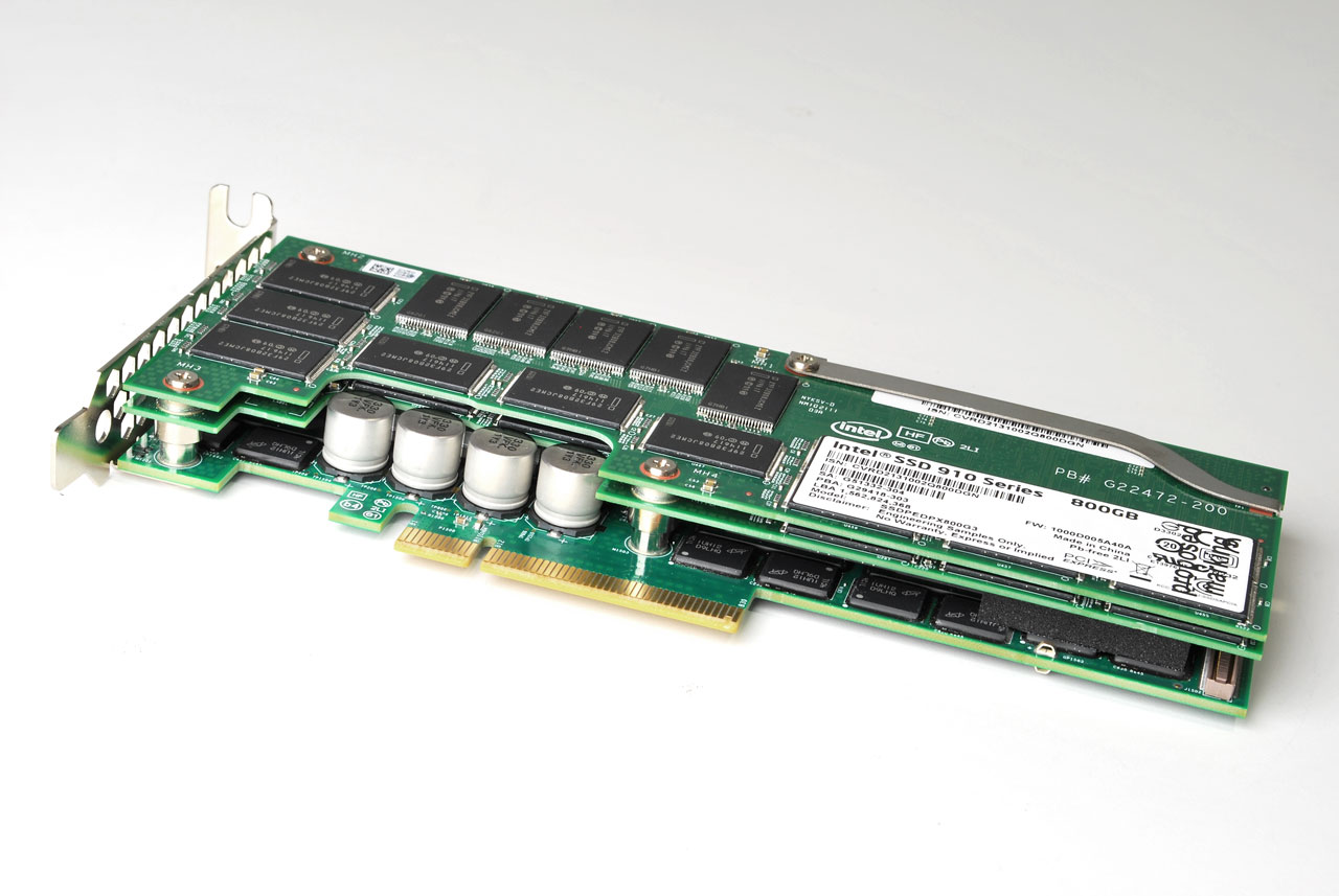 big_intel-ssd-910-card-edge.jpg