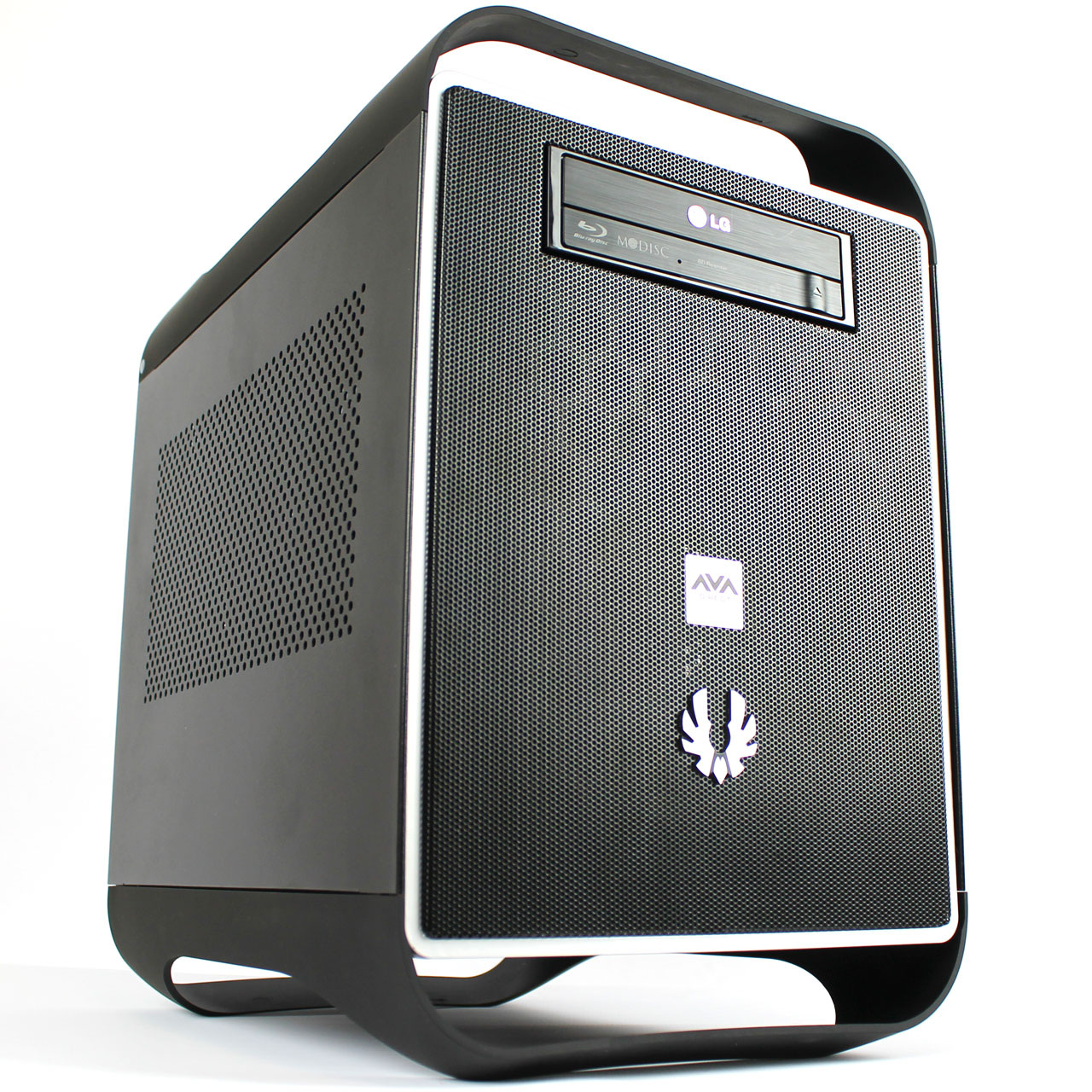 AVADirect Mini Gaming PC: Titan in a Small Package
