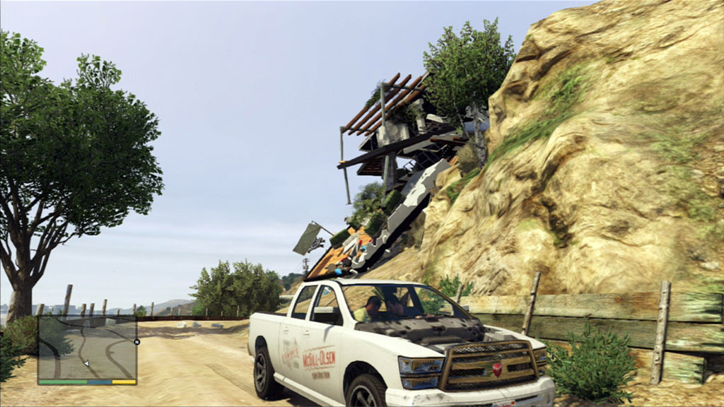big_gtav_truck_mountain.jpg
