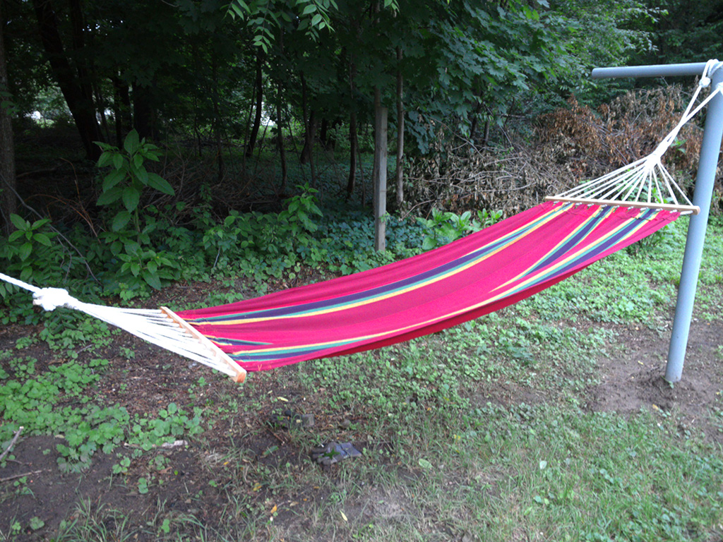 big_thinkpad_10_hammock.jpg