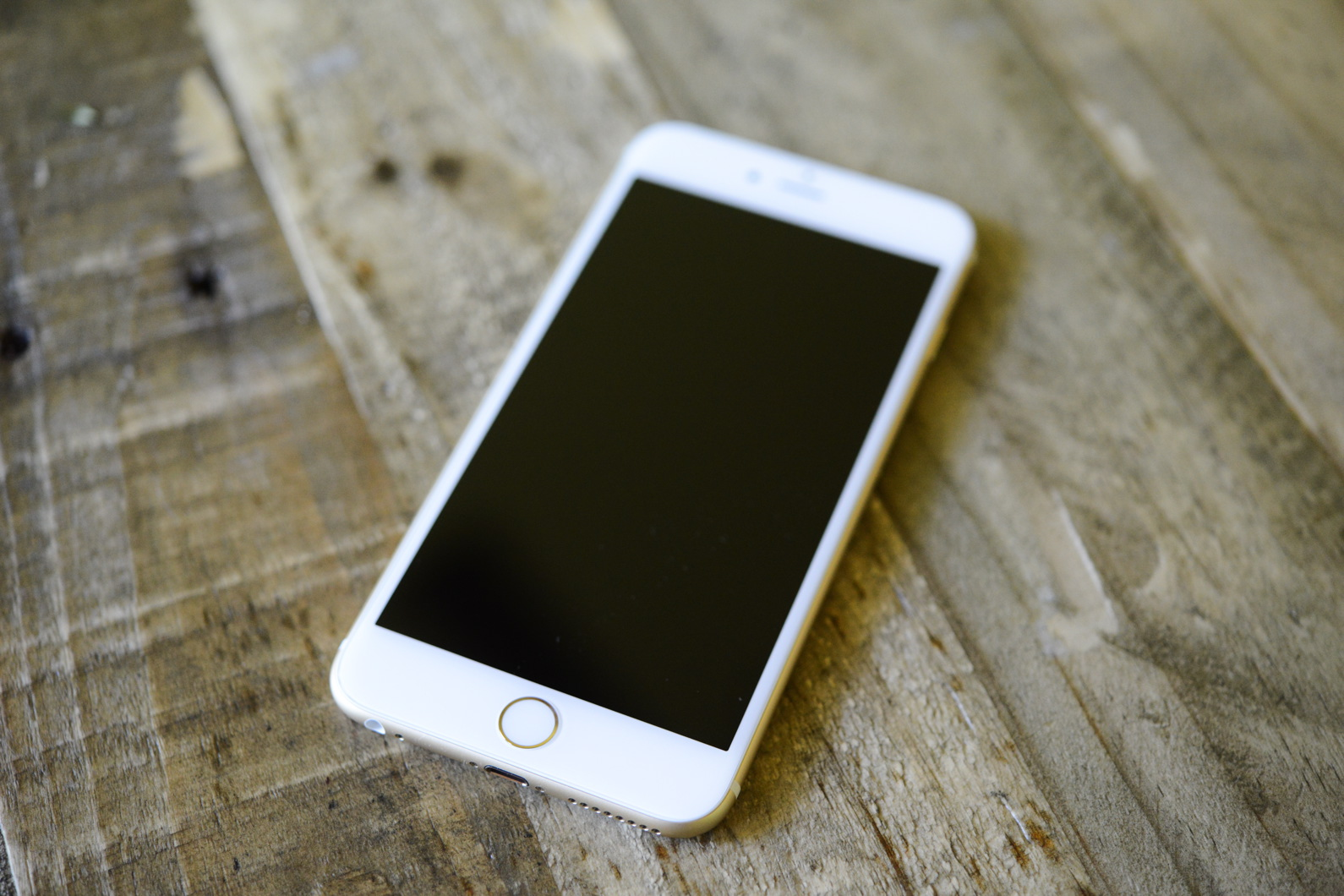big_iphone6plus-hands-on_2689.jpg