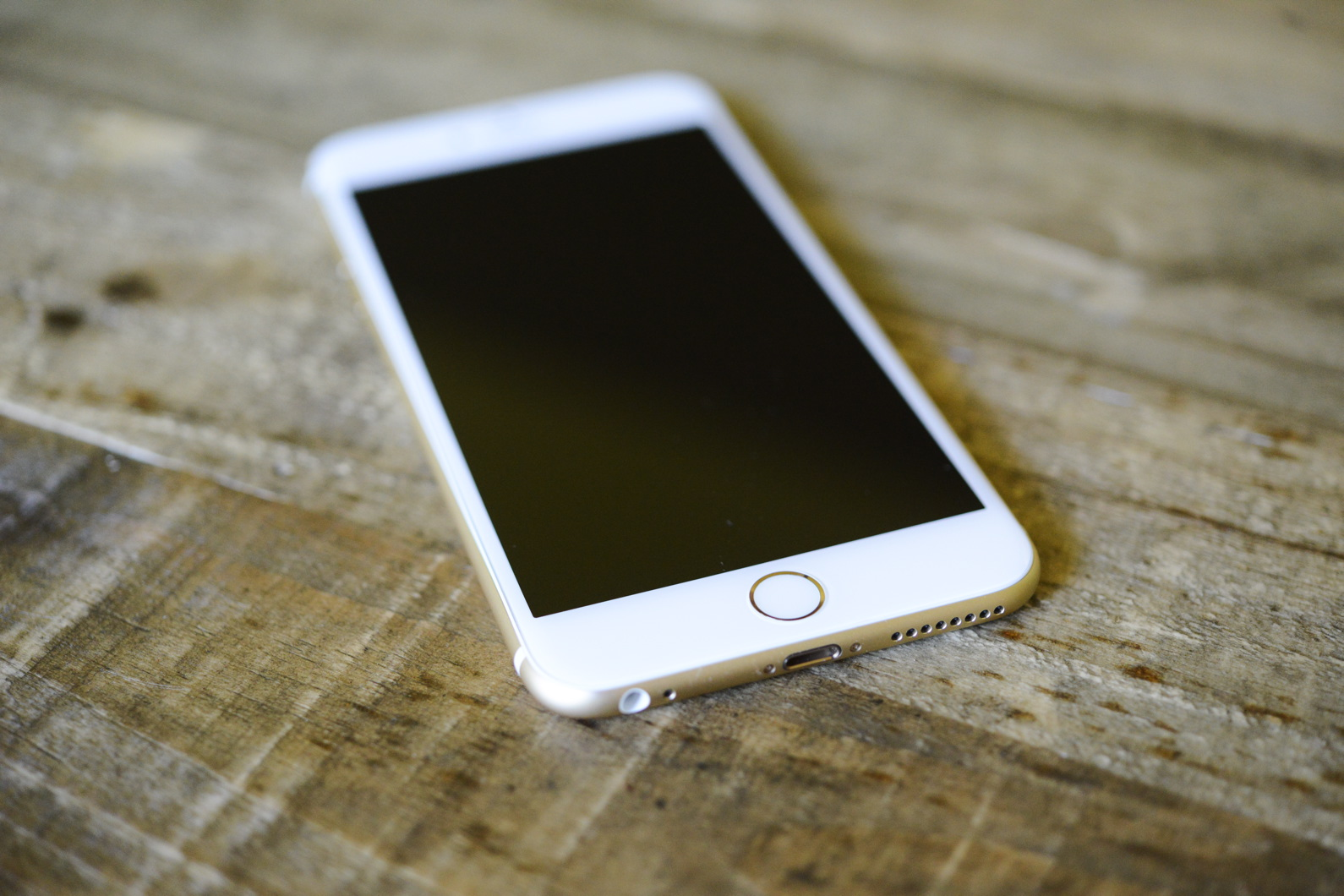 big_iphone6plus-hands-on_2691.jpg