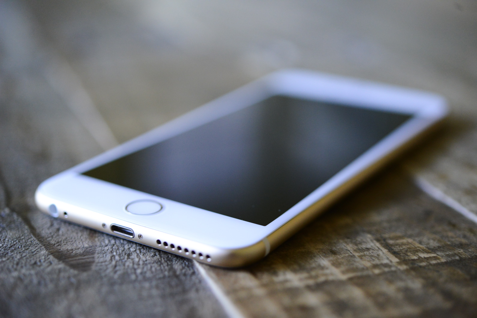 big_iphone6plus-hands-on_2697.jpg