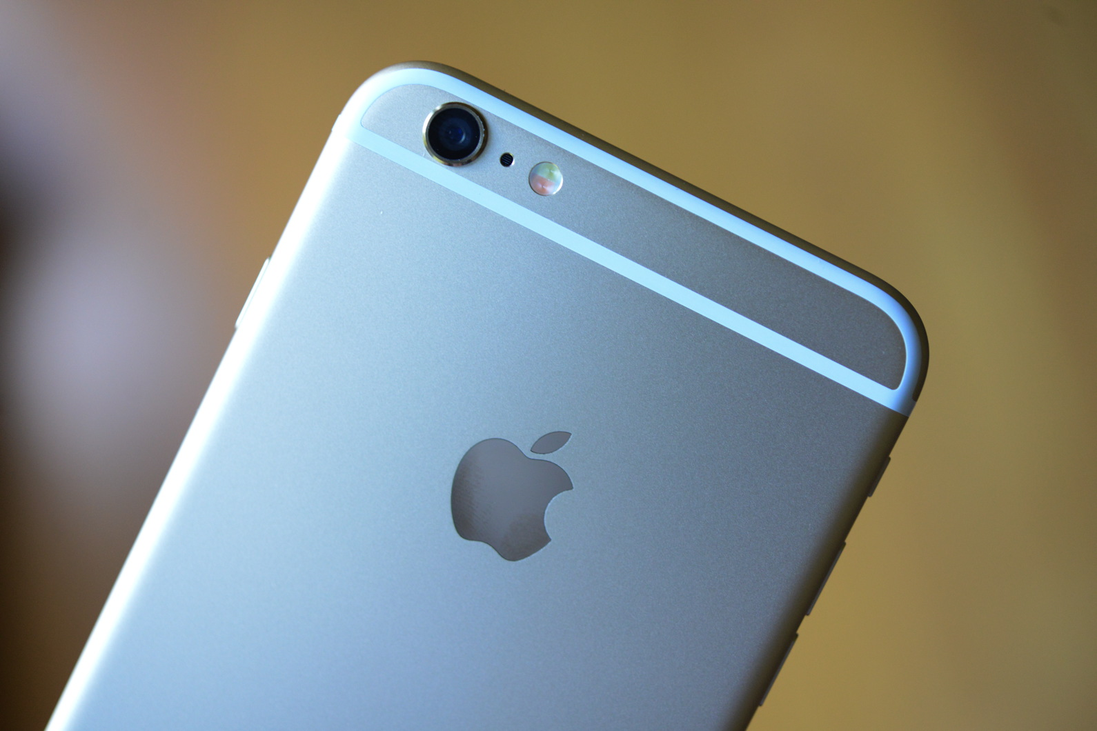 big_iphone6plus-hands-on_2699.jpg