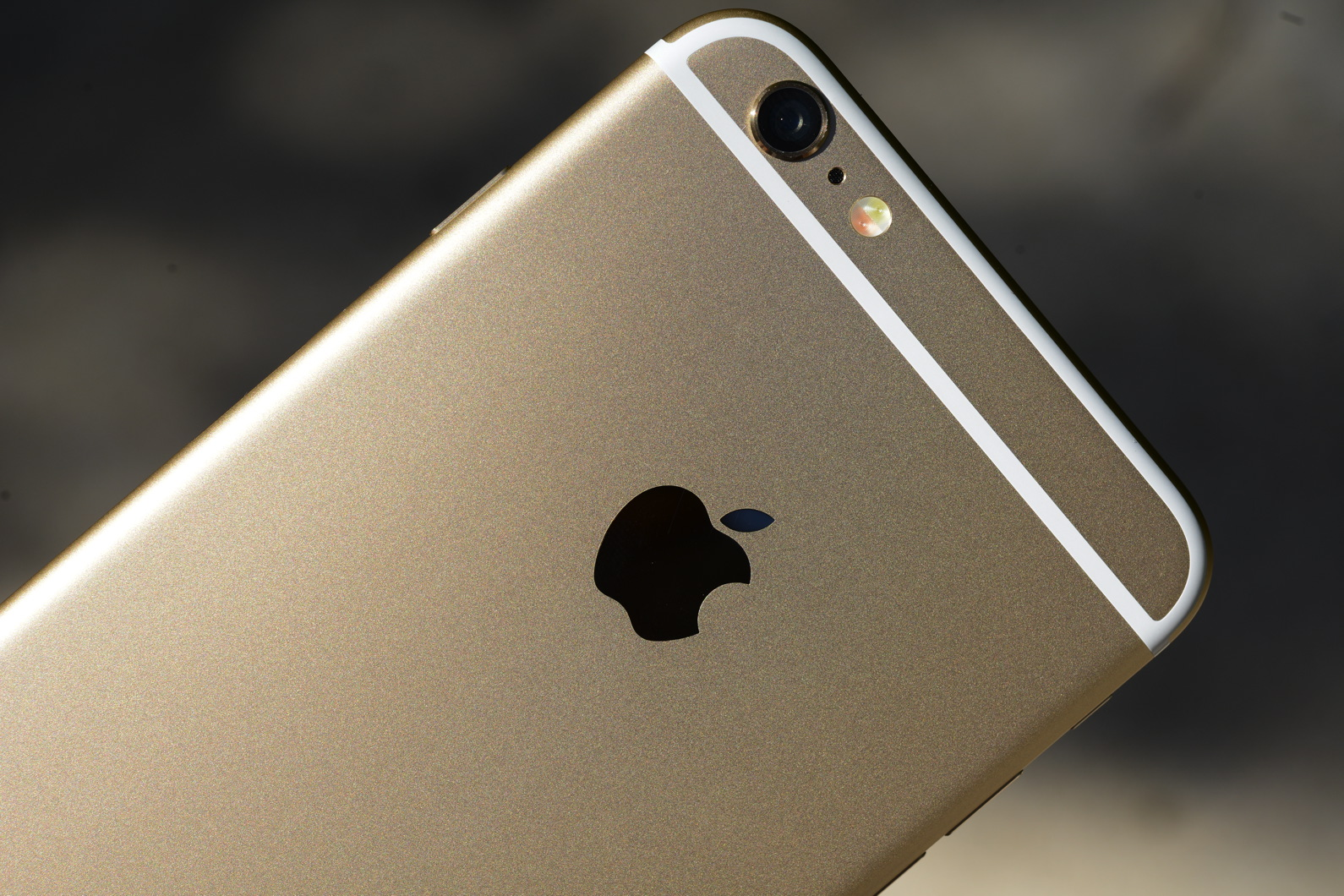 big_iphone6plus-hands-on_2701.jpg