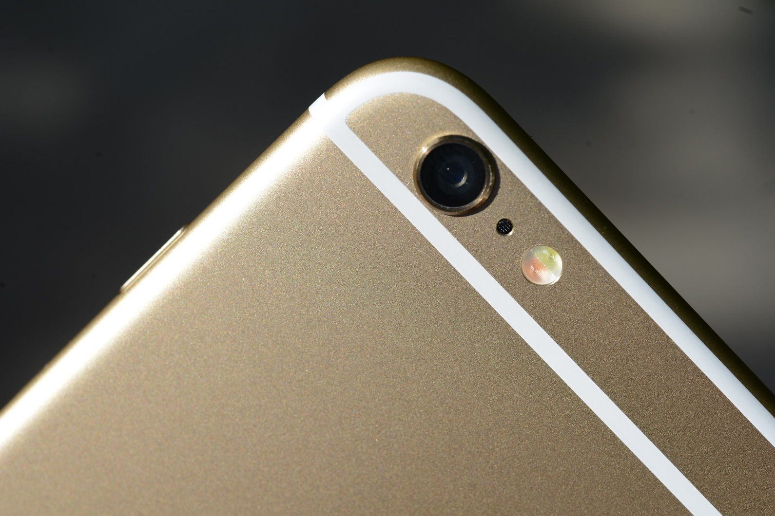 big_iphone6plus-hands-on_2704.jpg