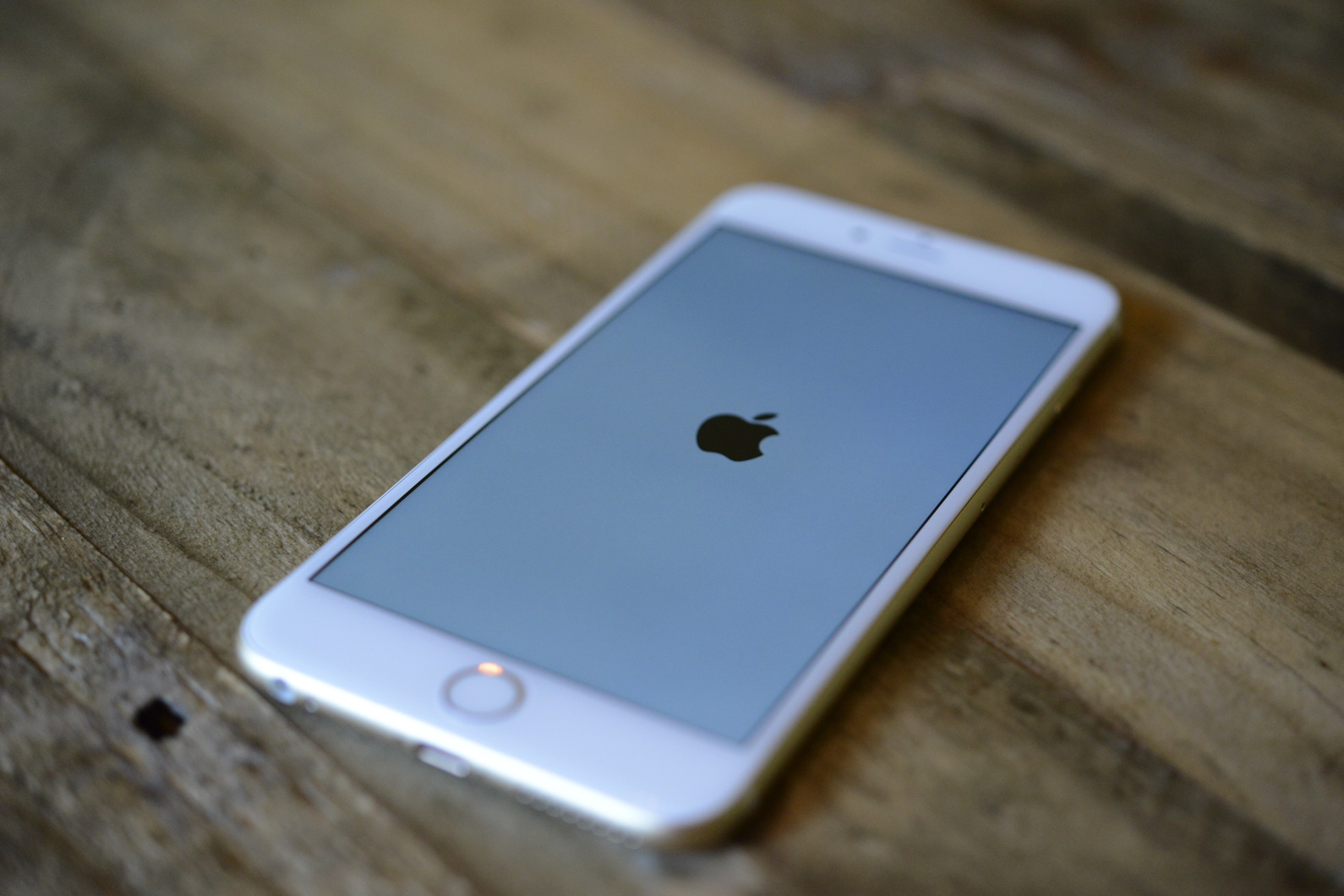 big_iphone6plus-hands-on_2712.jpg