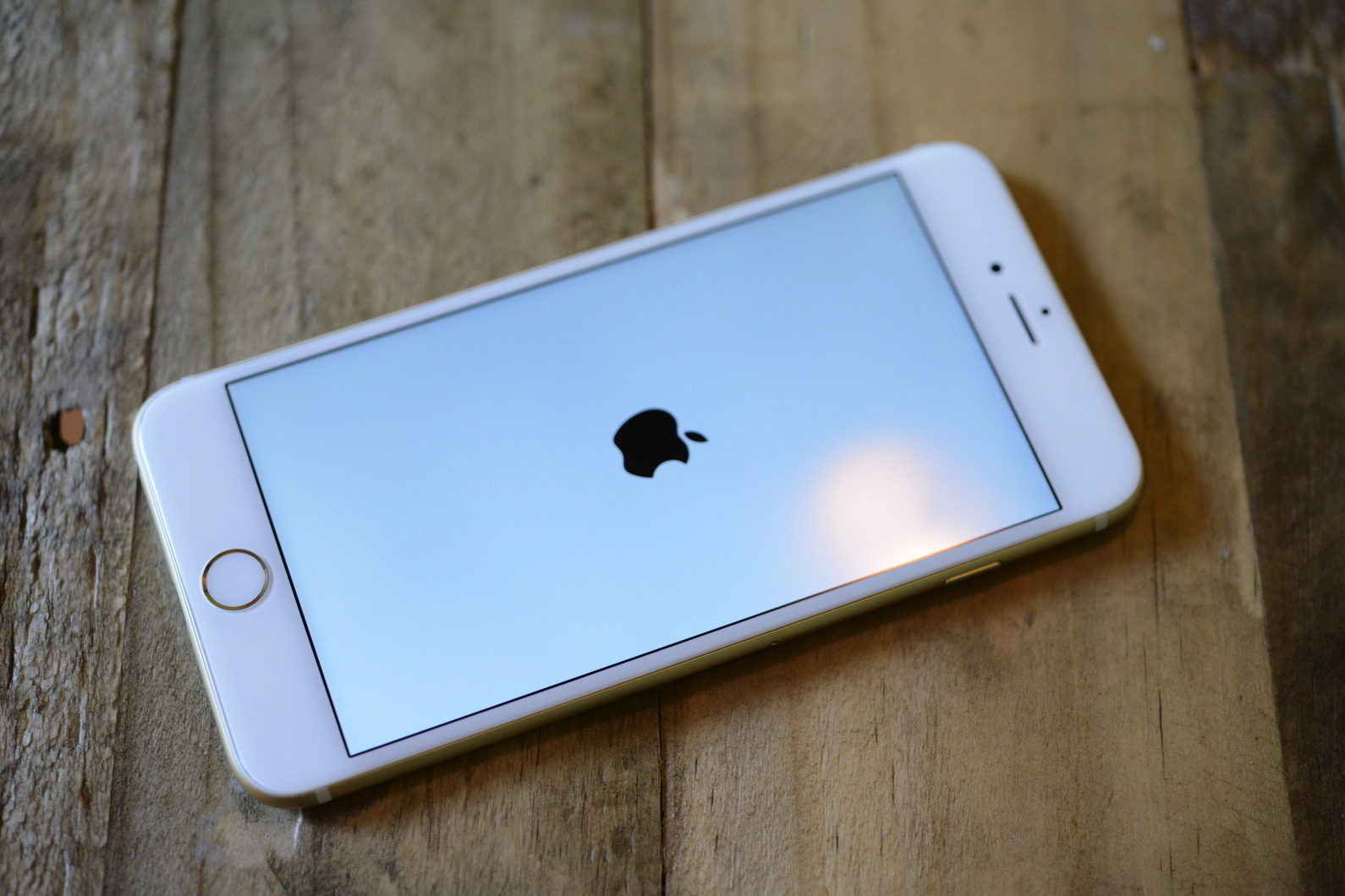 big_iphone6plus-hands-on_2713.jpg