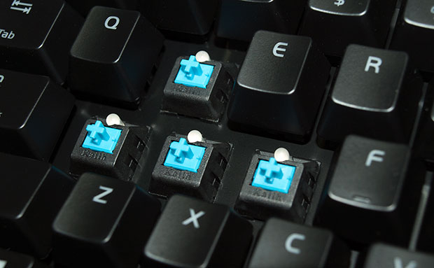 Tt eSports Poseidon ZX Kailh Switches