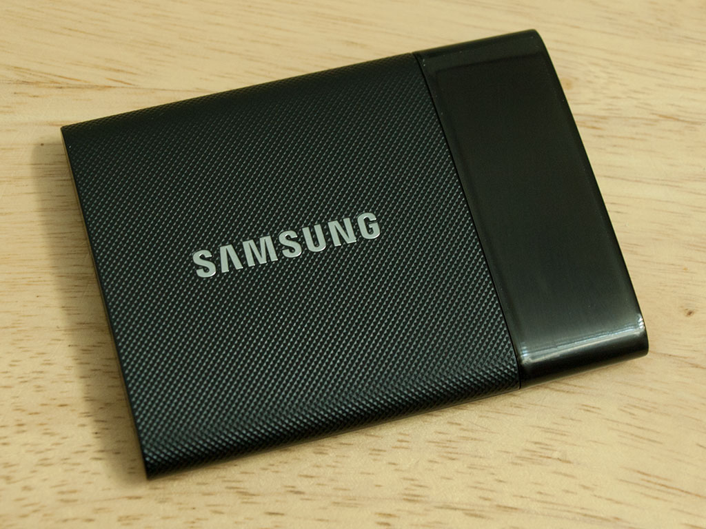 Samsung Portable SSD T1 Review: Blazing Fast External Storage