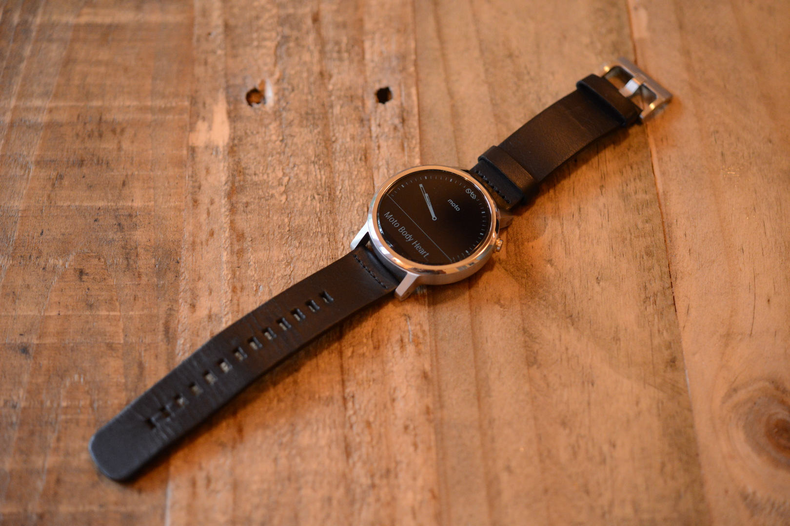 Moto 360 Second Gen Review: Moto Make It Your Own