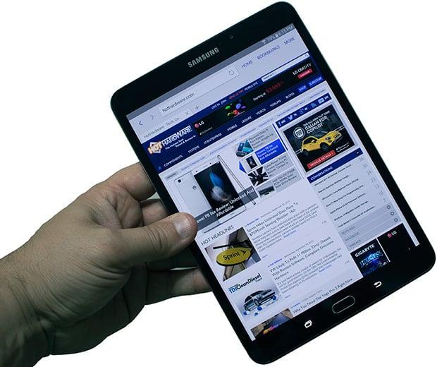 Samsung Galaxy Tab S2 Holding