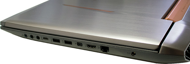 ASUS G752VG Ports (Right)