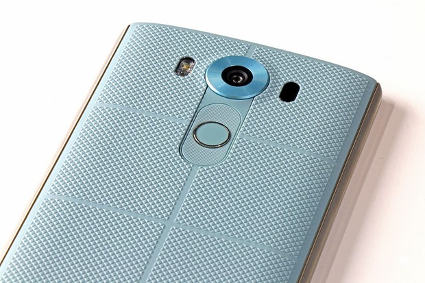 LG V10 Review - Page 2 | HotHardware