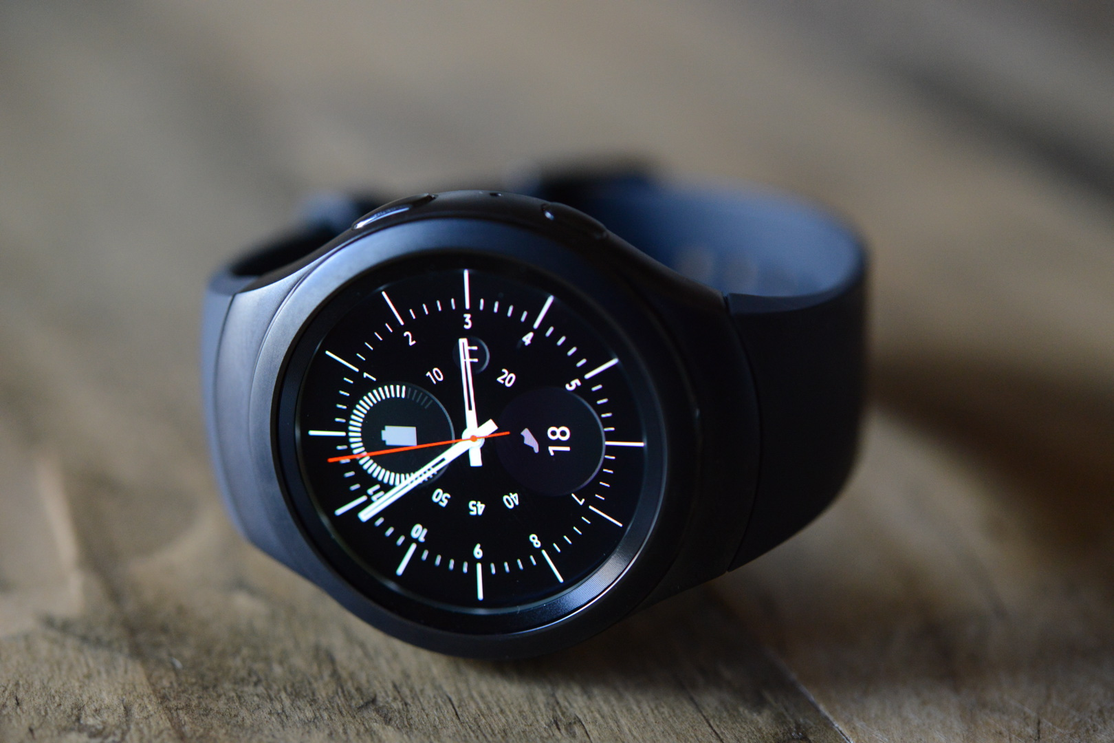 big_gear_s2_smartwatch_3065.jpg
