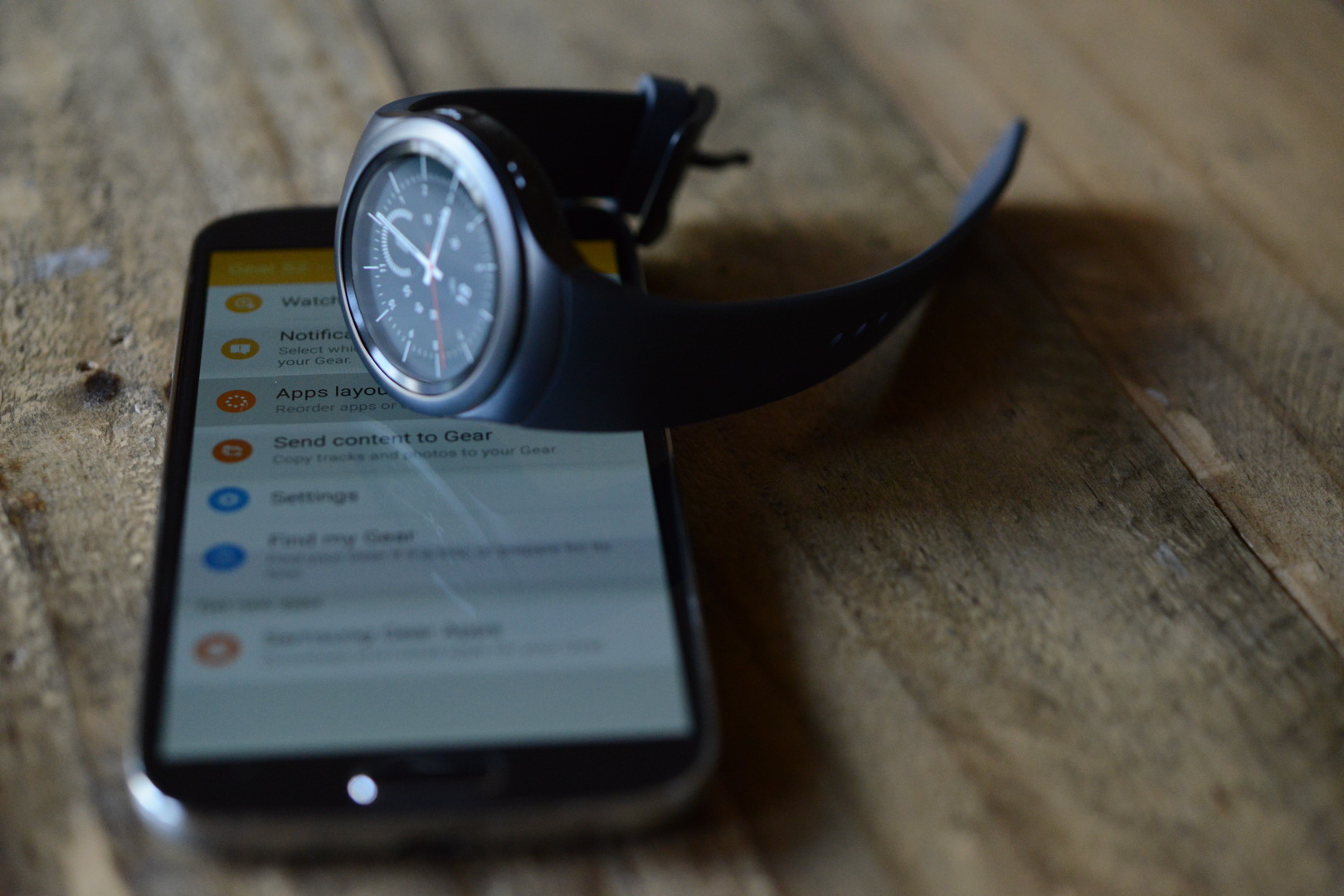 big_gear_s2_smartwatch_3101.jpg