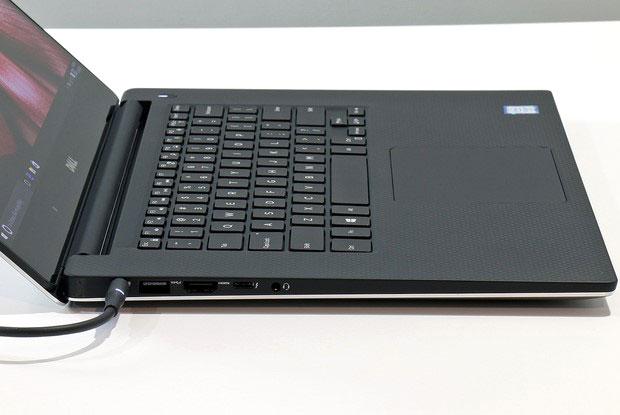 Dell XPS15 Side Edge Left