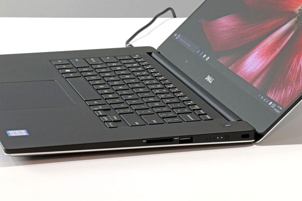 Dell XPS15 Side Edge Right