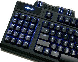 AORUS Thunder K7 Number Pad Attached