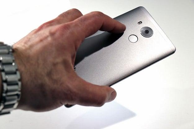 Huawei Mate 8 Fingerprint Scanner
