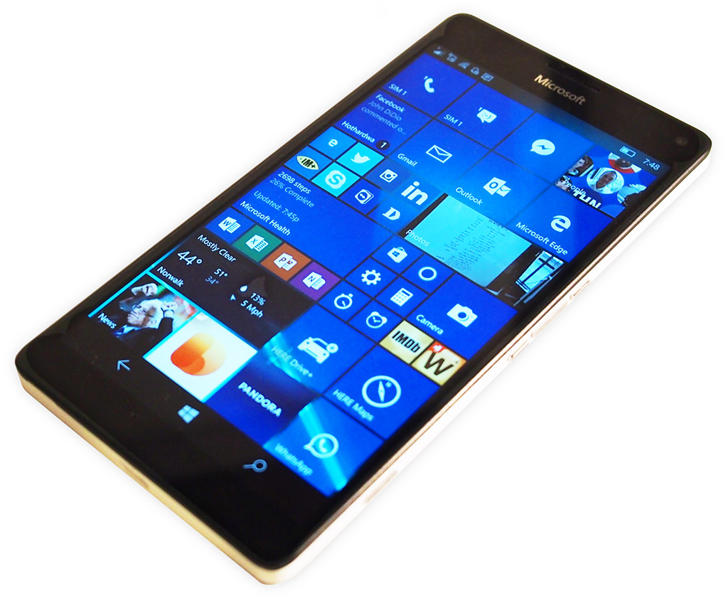 big_lumia-950-xl-screen.jpg