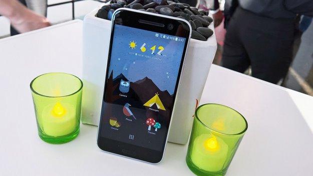 htc 10 smartphone 3