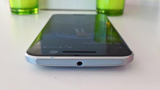 htc 10 smartphone 7