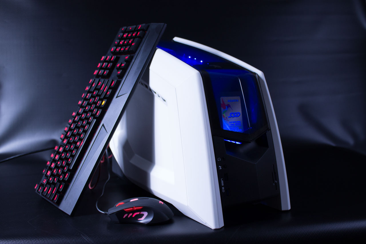 iBuypower Revolt 2 Review: A Powerful, Portable Gaming Desktop