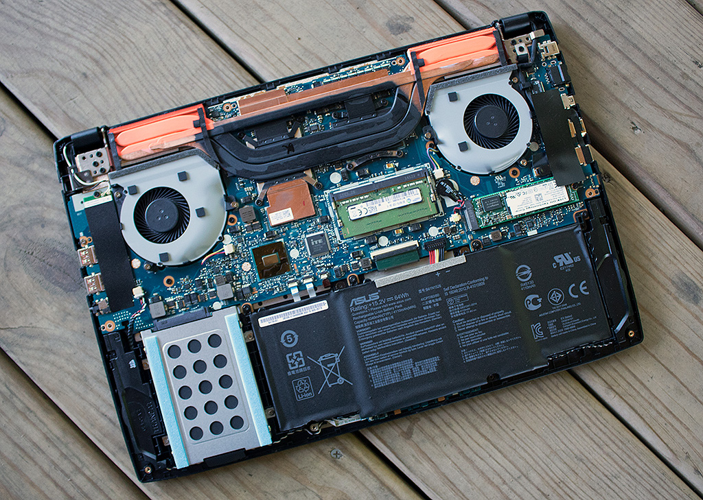 big_asus_rog_strix_gl502vt_dh74_exposed.jpg