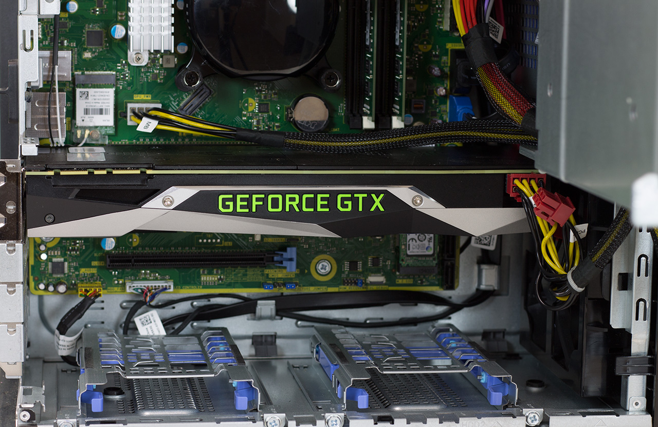 big_alienware-aurora-r5-gpu-closeup.jpg