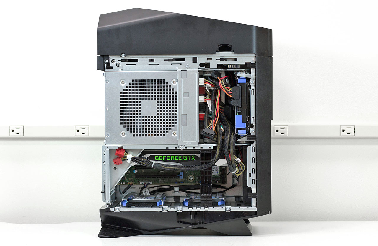 big_alienware-aurora-r5-side-panel-off.jpg