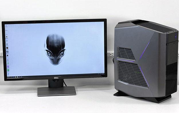 alienware aurora r5 three quarters and desktop