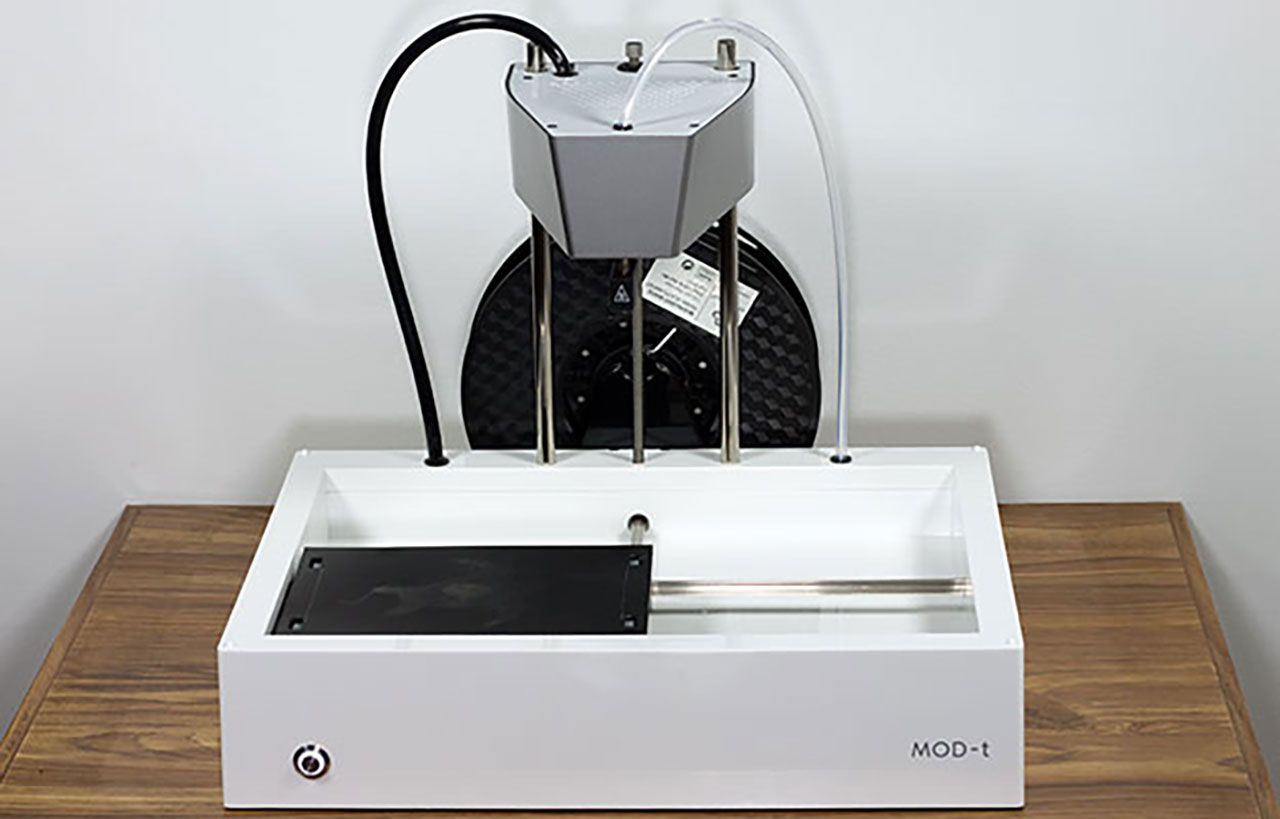 New Matter MOD-t 3D Printer Review: Low Cost, User-Friendly Creation