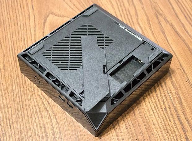 Alienware Alpha R2 Hidden USB