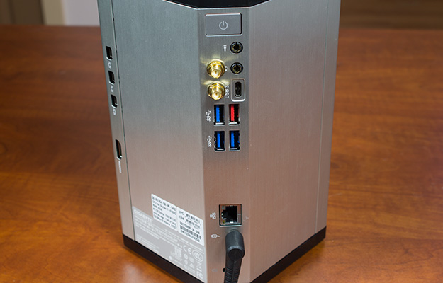 gigabyte brix gaming uhd rear io ports