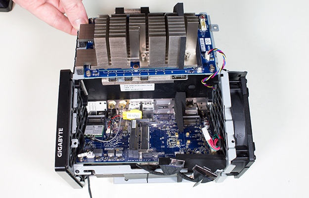 gigabyte brix gaming uhd td mainboard bare