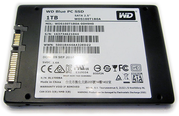 wd blue ssd bottom