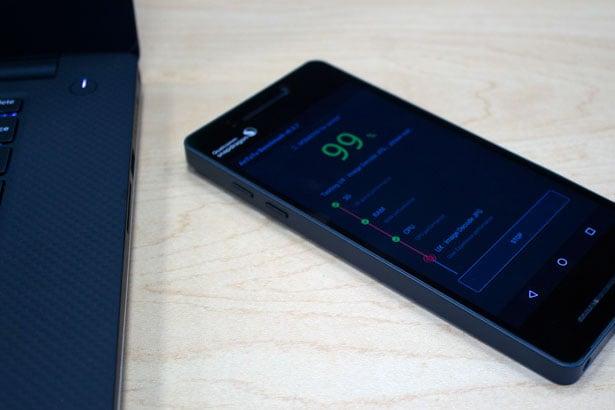 Qualcomm's Snapdragon 835 Prototype Test Smartphone