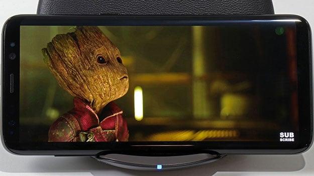 Galaxy S8 Movie Watching