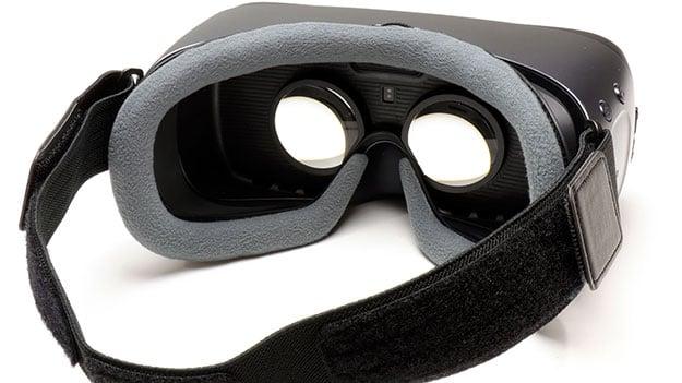 Gear VR Goggles Insight